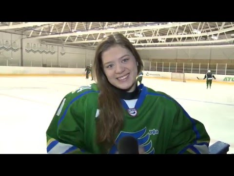Хоккеистки «Агидель» поздравили игроков КХЛ и МХЛ с Днем защитника Отечества.