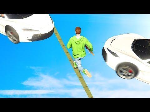 БЕГИ ЗА СВОЮ ЖИЗНЬ ОТ ТАЧЕК! (GTA 5 Смешные Моменты)