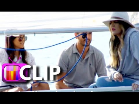 Kourtney & Khloe Kardashian Almost Capsize Overseas