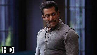 """Eidi Lene Aaya Tha, Eidi Mil Gaya"" - Salman Khan Thanks Fans For The Success Of 'Kick'"