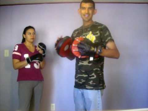 Focus Mitt Drills: Punch Combinations Image 1