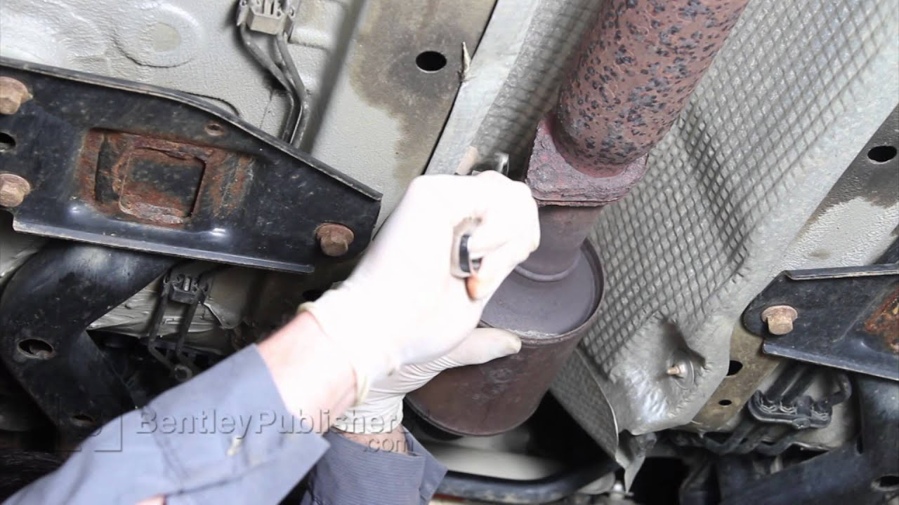 Discussion T17815 ds681545 as well Tech Tip Alignment Specs For 2002 2006 Toyota Camry additionally Ford Mustang Air Bag Module Diagram in addition 97 Camry Vent Valve Location additionally Toyota Highlander Oxygen Sensor Location. on toyota avalon vsc sensor location