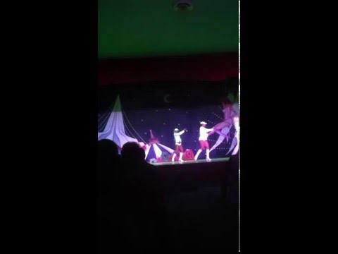 Show At Hotel In Cancun video