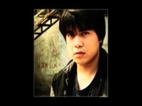 Gloc 9 - Lapis at Papel