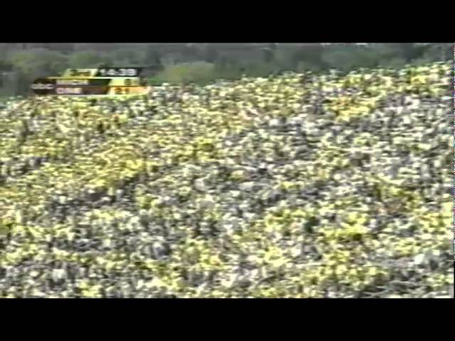 Oregon CB Justin Phinisee sacks Michigan QB John Navarre 9-20-03