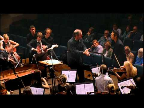 gergiev-teaches-conducting.html