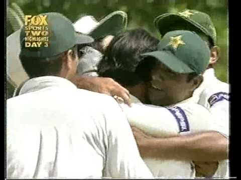 Shoaib Akhtar Greatest Bowling Of His Career - Vs Australia 1st Test Colombo 2002 video