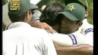 Shoaib Akhtar GREATEST BOWLING OF HIS CAREER - vs Australia 1st test Colombo 2002