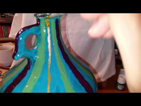 Painting a striped glass jug lamp