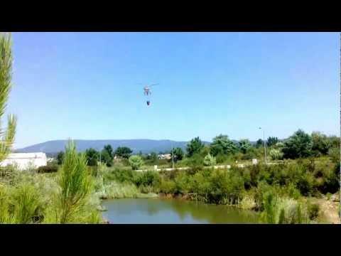 Helicoptero de combate a inc�ndio - Canedo- Pampilhosa 2012