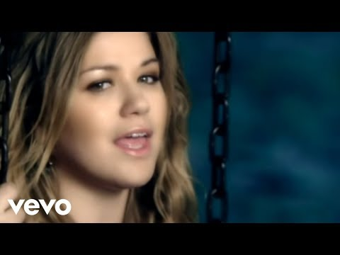 Kelly Clarkson - My Life Would Suck Without You video