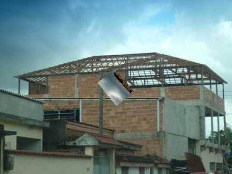 Vedação de telhado colonial