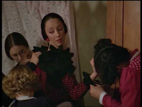 """""""He's Large"""" Shelley Duvall As Olive Oyl In Popeye"""