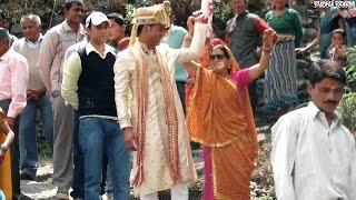 download lagu पहाड़ी शादी में बारातियों का डांस । Baraati Dance gratis