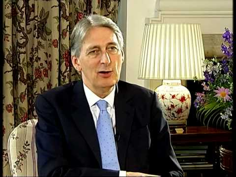 British Foreign Secy Philip Hammond endorses 'Make in India'
