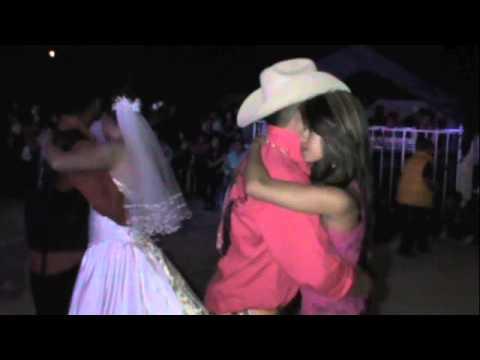 Baile de Boda en Santa Clara 8 de junio 2013 Irresistible del Barril