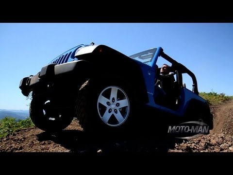 Jeep Wrangler Off Road with the new 285 HP Pentastar V6 for 2012