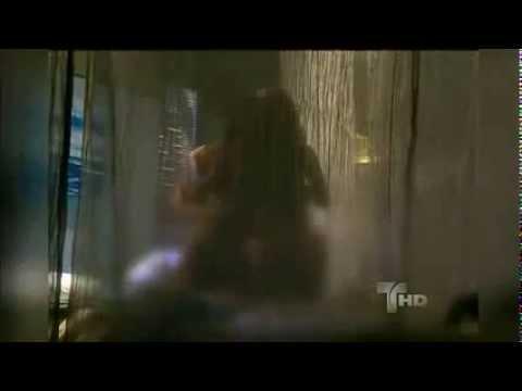 Gaby Spanic e Tony Vela ficam totalmente nus em cena de sexo de Soy Tu Dueña