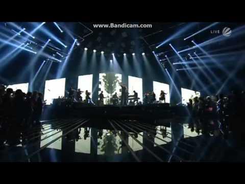 Jessie J und Talente singen