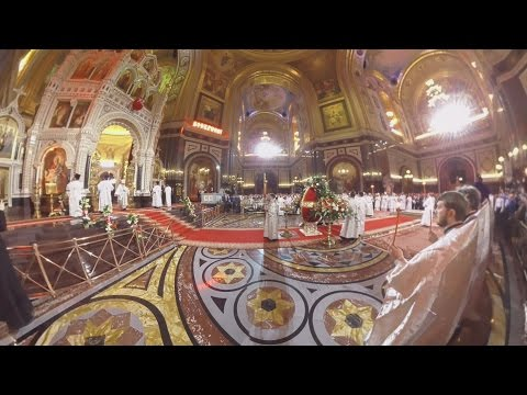 Amazing 360 panorama of Orthodox Easter Service in Moscow