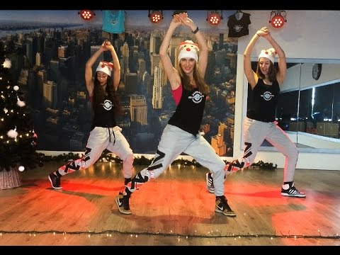 Zumba Christmas Dance britney Spears my Only Wish Woerden video