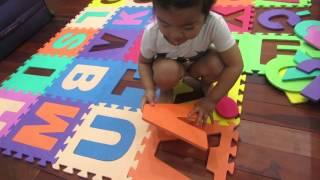 SUSU chơi xếp chữ
