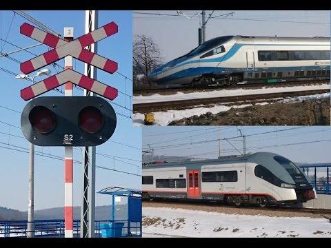 4 Pociągi na Przejeździe kolejowym na Łuku Goszczy 2xEP07 + Elf i Pendolino 3xRp1