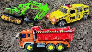 Fine Toys Construction Vehicles Looking for cars in the sand | Toys for kids #2