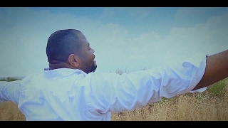 Moise Mbiye - TANGO NAYE  (clip officiel)