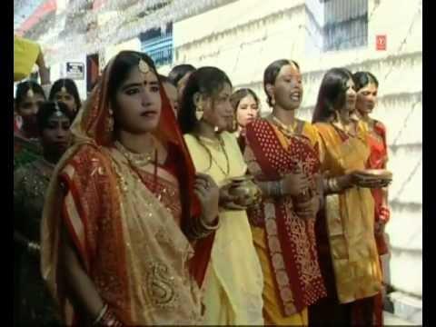 Kaanche Hi Baans Ke Bahangiya Bhojpuri Chhath Geet Full Video...