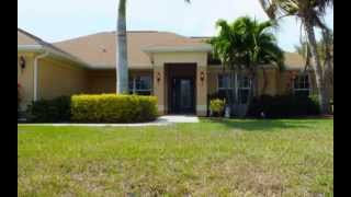 Adams Homes | 2,240 sq. ft. model home | Cape Coral, FL | www.AdamsHomes.com