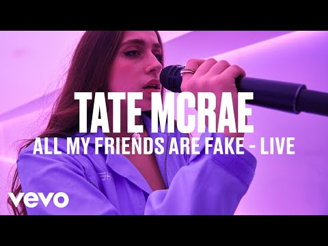 Tate McRae - all my friends are fake (Live) | Vevo DSCVR