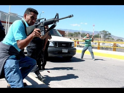 Balacera en Vivo Fuerzas Armadas vs Sicarios del El Chapo Guzman en Tijuana Baja California