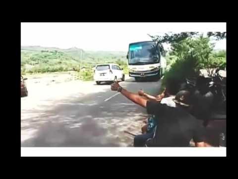 Kumpulan Audio Bus Klakson Telolet Om Paling Keren! Ngakak!!