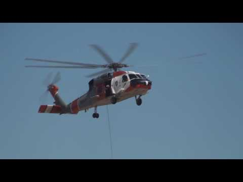 2010 NAF El Centro Air Show - SH-60 SAR Demo Video