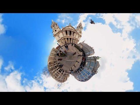 惑星の様に見える360度のパノラマ撮影されたカメラ映像