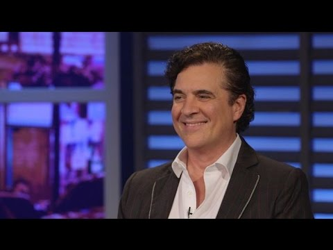 How Scott Borchetta discovered Taylor Swift | Larry King Now | Ora.TV