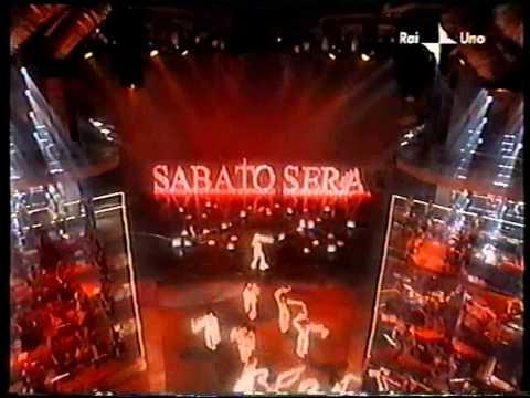 Special #unadinoi : Lorella Cuccarini canta e balla le sigle dei varietà del sabato sera