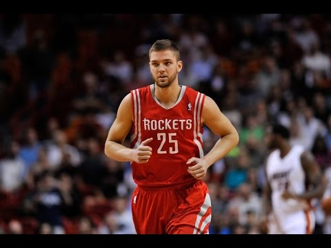 Chandler Parsons signs with the Dallas Mavericks