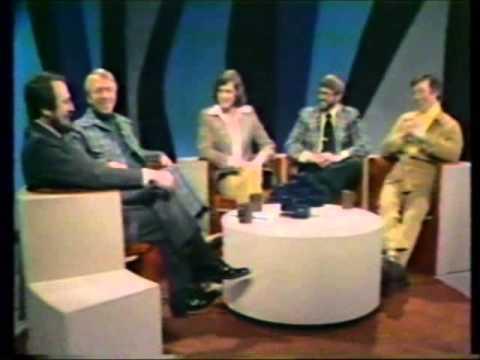 MIDNIGHT:  CHICAGO RADIO  (January 31, 1975)