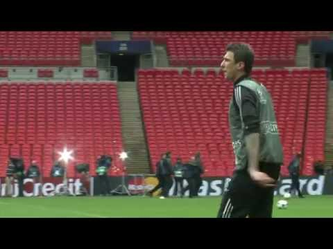 Mario Mandzukic ersetzt Diego Costa bei Atletico Madrid | FC Bayern München