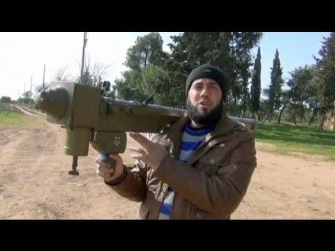Los rebeldes sirios derriban dos helicópteros de Bachar al Asad