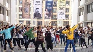 Flash Mob at Viva College