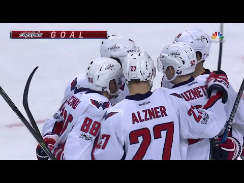 Бостон – Вашингтон (09.04.17) А.Овечкин и Е.Кузнецов оформили по голевой передаче...