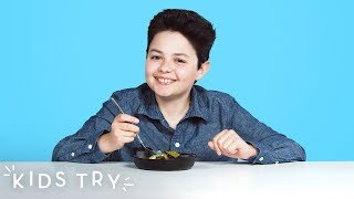 Sandor Tries | Kids Try | HiHo Kids