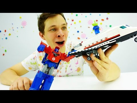 Трансформеры: Оптимус Прайм против марсиан! Видео про игрушки