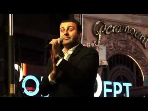 MEXICO - BEST OF FRANCE on Times Square - DAVID SERERO