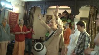 2011.04.20. Ecstatic Kirtan by HG Sankarshan Das Adhikari - Kaunas, LITHUANIA