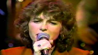Watch Quarterflash Try To Make It True video