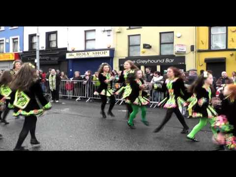 Niamh Browne School of Irish Dance started of the St Patricks Day Parade in Strabane just outside Dicey's - Strabane Radio Online broadcasting and SDC.TV bro...